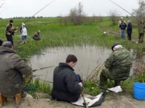 Рыбаки на рыбалке