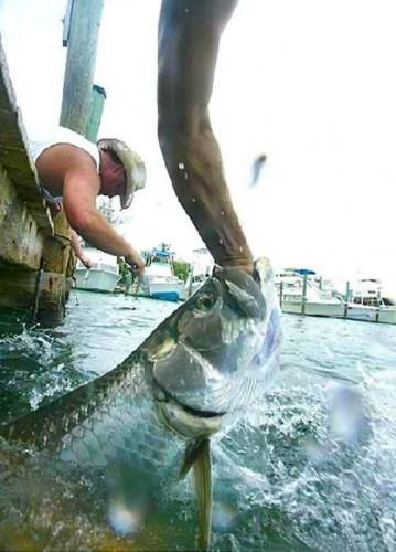 Рыбалка руками