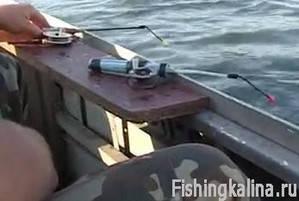 Как ловить белую рыбу с лодки