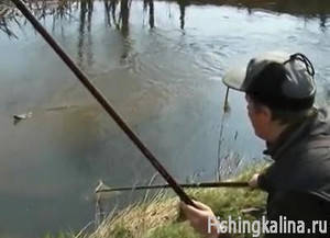 как называется ловля рыбы в мутной воде