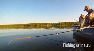 Бортовая рыбалка на леща с лодки