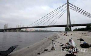 Рыбалка на Днепре в Киеве