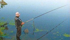 Ловля рыбы с глухой оснасткой маховой поплавочной удочкой
