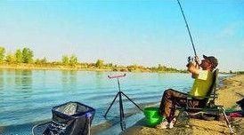 Осенняя рыбалка на фидер на реке Волге